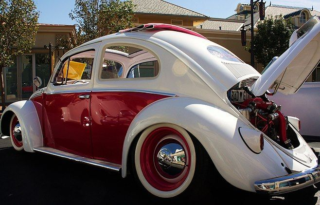 Sweet Oval VW Beetle White and red white wall tires