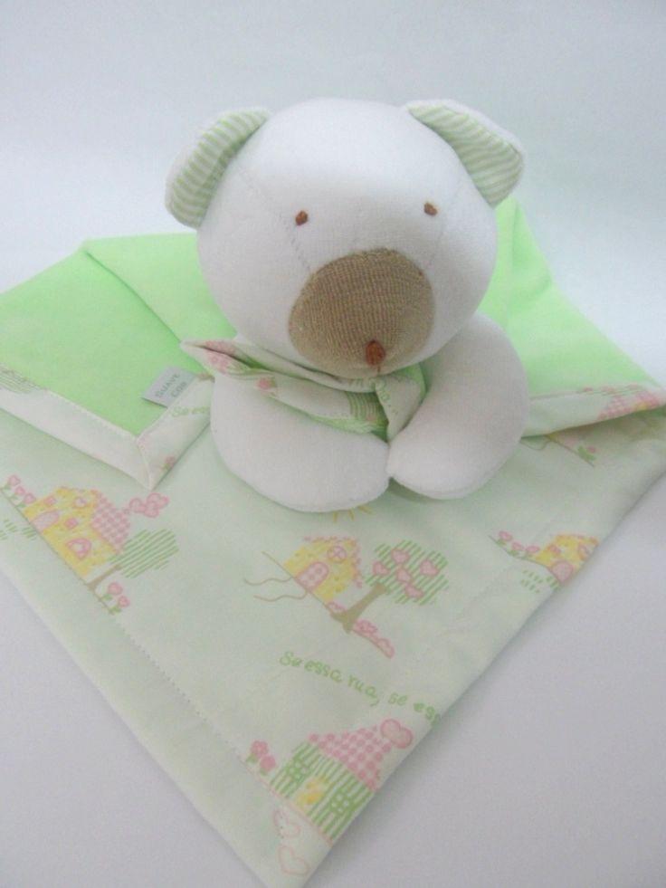 Naninha urso em plush e tecido.