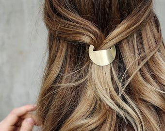Circle Hair Clip, Geometric Circle Hair Clip, Circle French Barrette, Geometric French Barrette, Minimal Circle Hair Accessory | The Charity