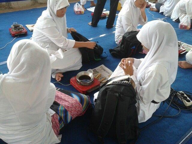 Lomba Membatik Gebyar Ramadhan @Terminal Peti Kemas Koja