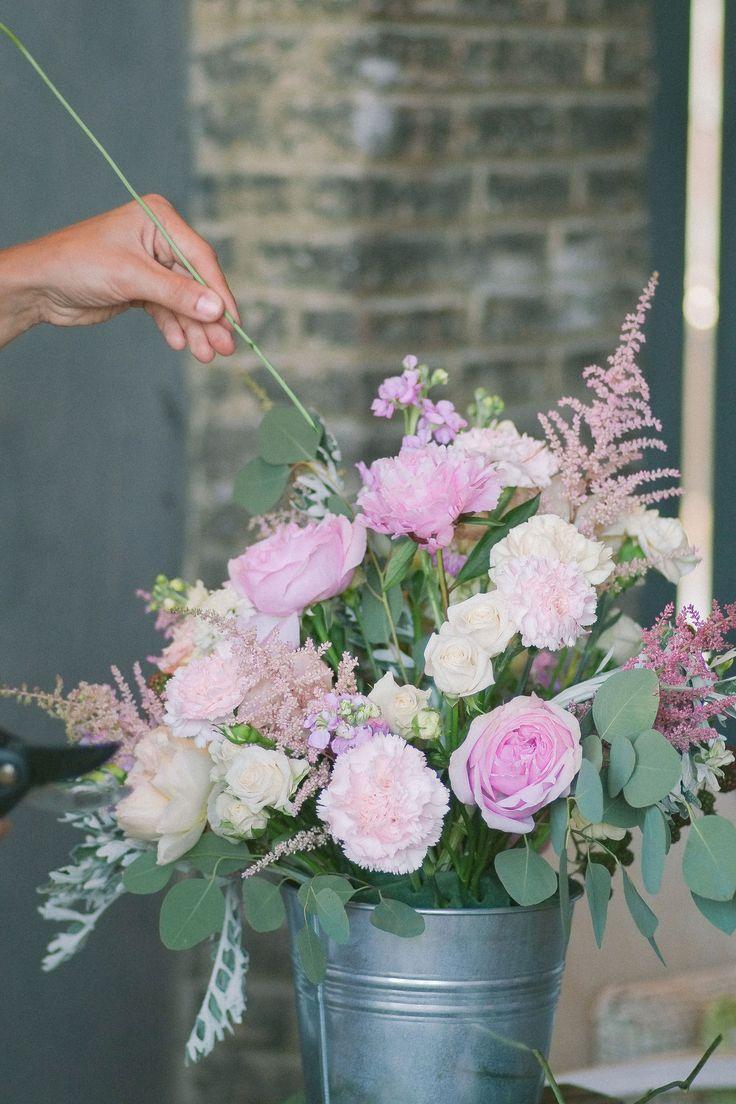 Flower comosition in a bucket / David Ostin roses / rose carnations / peonys / eucalyptus