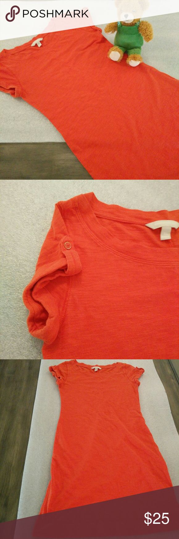 [Banana Republic] t-shirt dress Solid Orange in XS It's a cute tee shirt dress from Banana republic in orange color. The sleeve has little fold and button pattern to it. Very comfy and nice color. Size tag Xs. Can also fit to Small. Excellent condition. No flaws Banana Republic Dresses