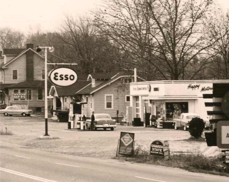 2562 best gas pumps garages images on pinterest. Black Bedroom Furniture Sets. Home Design Ideas