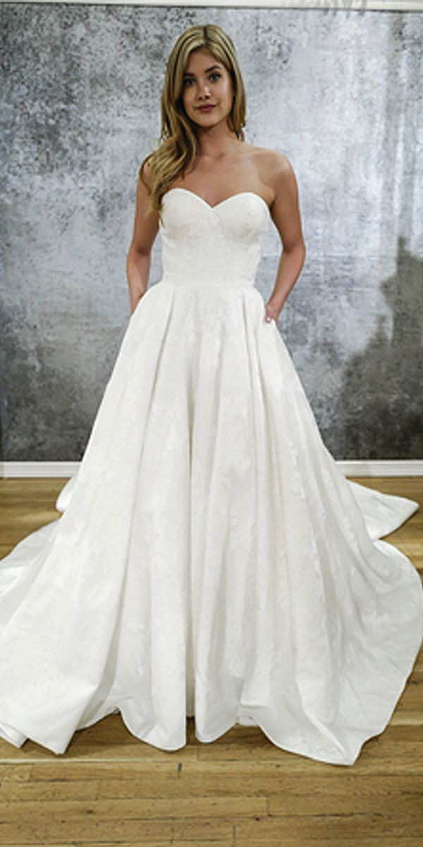 25  best ideas about Simple wedding gowns on Pinterest | Wedding ...