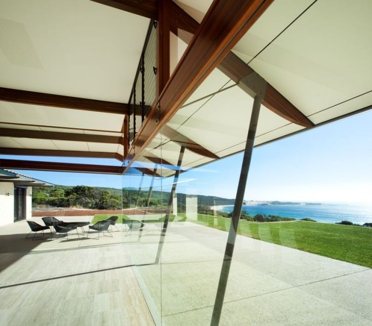 Stunning View From A Modern Minimalist House:beach-view-from-large-glass-wall