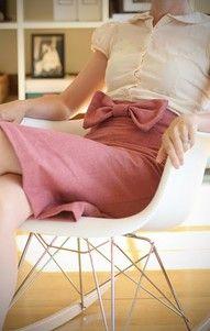 DIY Vintage Pencil SkirtFashion, Style, Clothing, Dresses, Outfit, Bows Skirts, Pink Bows, Pencil Skirts, Big Bows