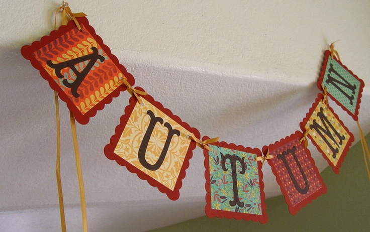 Beautiful Scalloped Square AUTUMN Thanksgiving  Banner/Garland, Fall, decoration