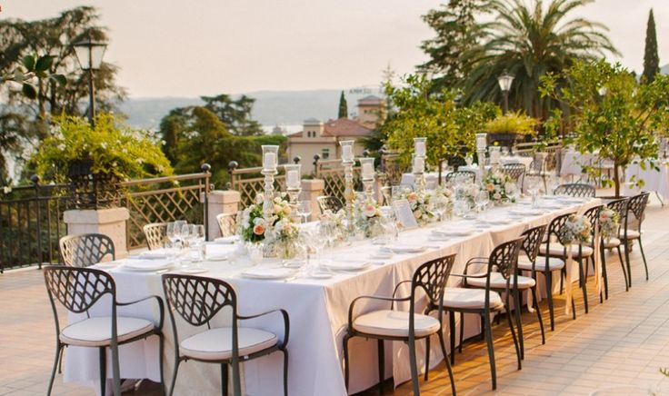 romantic intimate Italian villa wedding in san felice del benaco