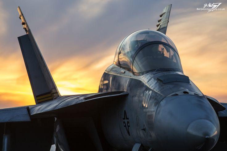 https://flic.kr/p/RkRbRM | Boeing F/A-18F Super Hornet 166661 - VFA-32 Swordsmen - USS Dwight D Eisenhower | VFA-32 Swordsmen F/A-18F on the deck of the USS Dwight D Eisenhower at sunset, whilst deployed in the Mediterranean to support Operation Inherent Resolve.