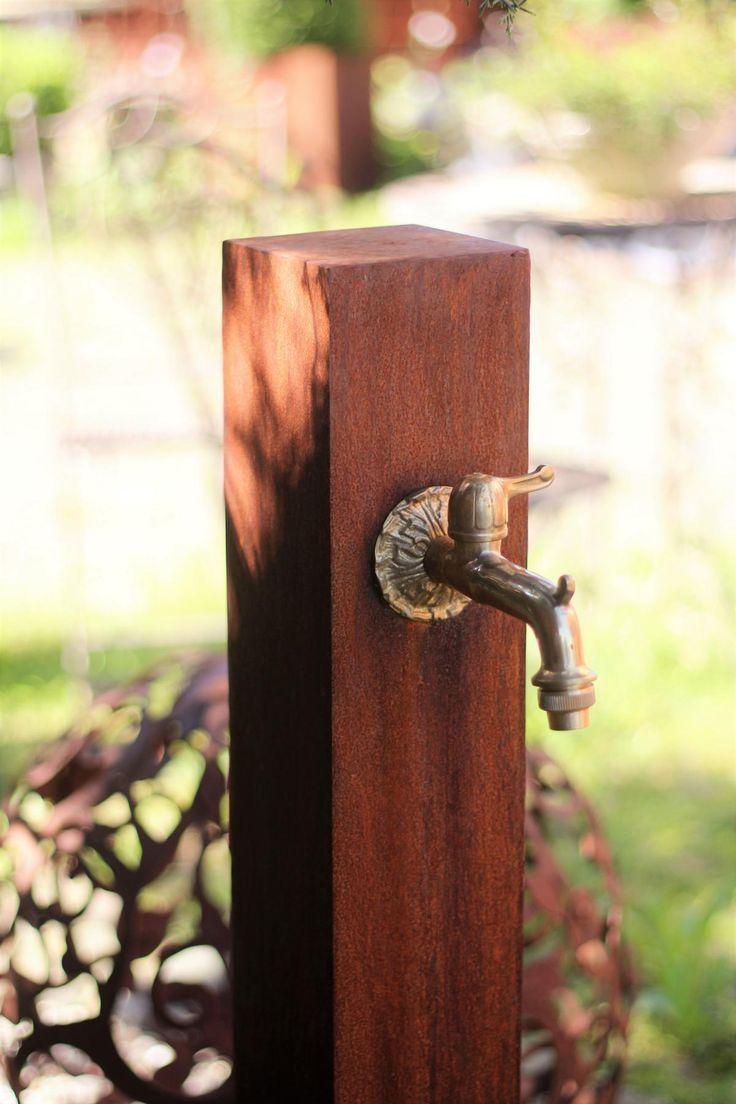 Superb Wasserhahn Cortenstahl Wasserzapfstelle f r Garten BRUNNENSCHMIEDE