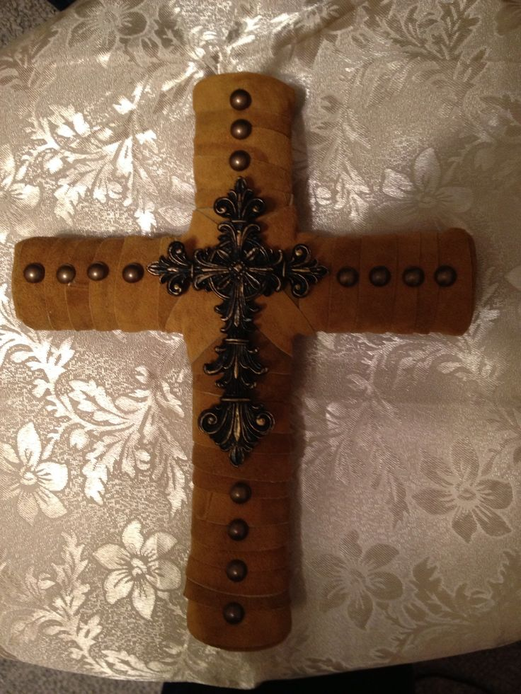 17 best images about toilet paper roll wall art on for Cardboard crosses for crafts