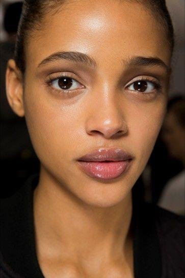 Trucco naturale anche su pelle scura da Dior