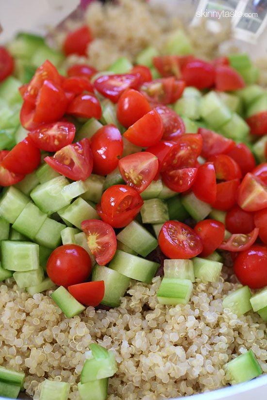Mediterranean Quinoa Salad | veganizing this for GF vegan friends by subbing in chick peas for feta