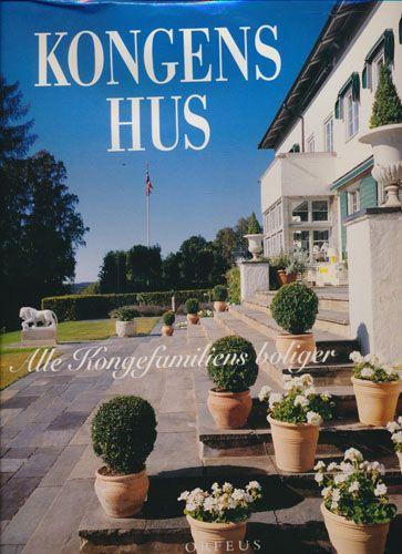 """Kongens hus - Alle kongefamiliens boliger"" av Thomas Thiis-Evensen, Jiří Havran og Einar Dahle (ISBN: 8246700014, 9788246700014)"