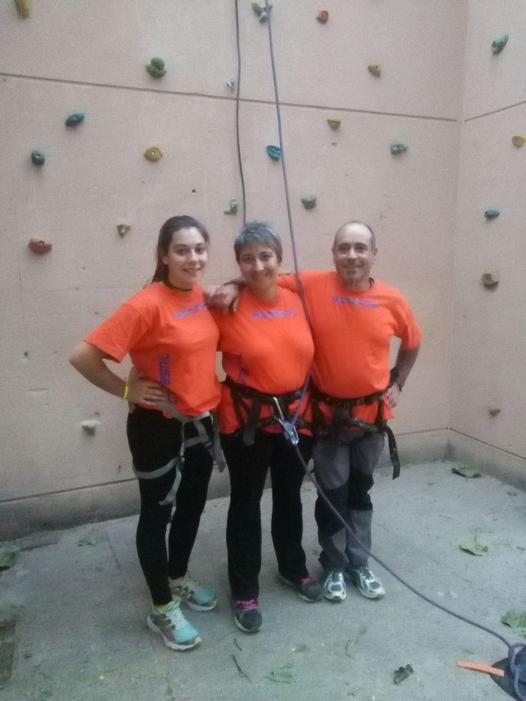 https://lasalamandrasiguenza.wordpress.com/2016/09/25/escalada-y-tiro-con-arco/