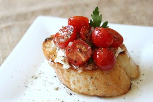 Tomato and Goat Cheese Toasts | Cheese Course | Pinterest