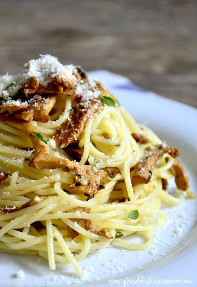 Chanterelle mushrooms pasta for a flavorful and quick dinner.