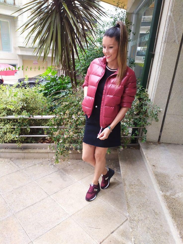 Plumas y falda Levis con zapas Cetti Shoes