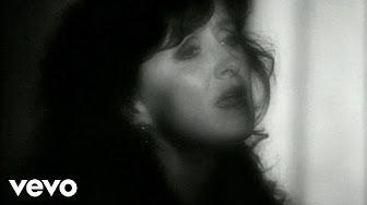 Bonnie Tyler - Total Eclipse of the Heart - YouTube