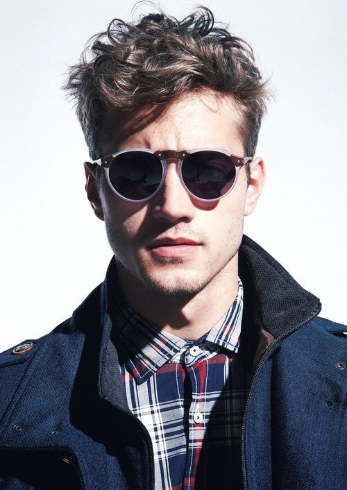 http://mens-hairstyles.com/tousled-curly-mens-hair/