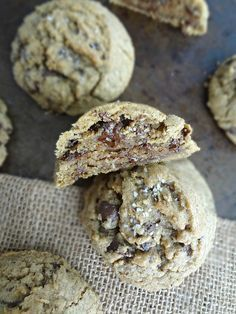 Espresso Chocolate Chunk Cookies-a delicious cookie recipe made with espresso powder and chopped chocolate covered espresso beans!