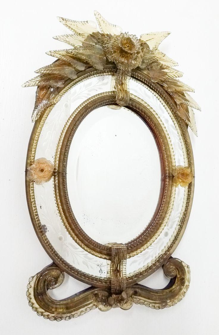 Specchio in vetro di Murano, con cornici in vetro torchon