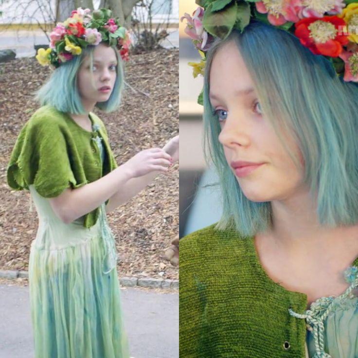 Kostyme  NRK jenter sesong 3