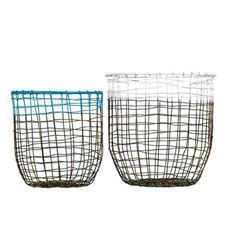 Wire baskets for decoration or storage.Not food safe.Great for toys,laundry even sport equipment.€111,5