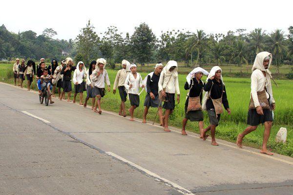 TRADISI SEBA BADUY   Tradisi ratusan tahun suku Baduy - Yahoo News Indonesia