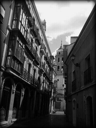 17 best images about valladolid spain in b w on for Calle castelar