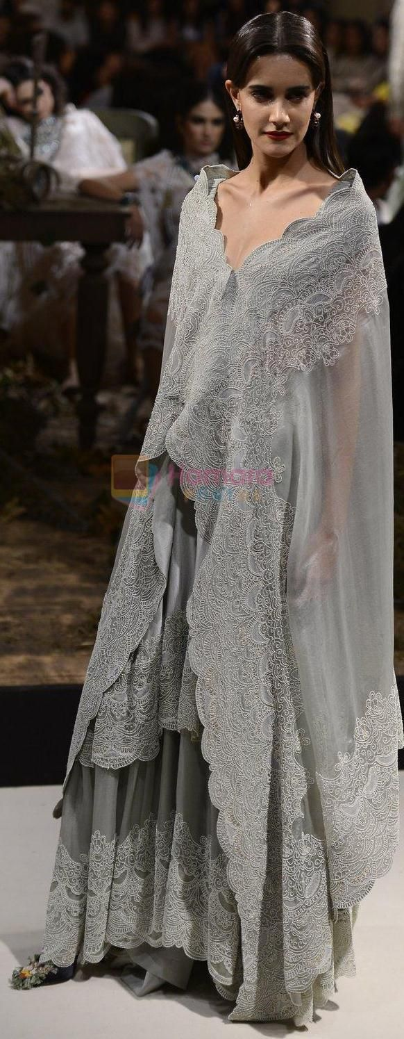 Anamika Khanna at India Couture Week 2016