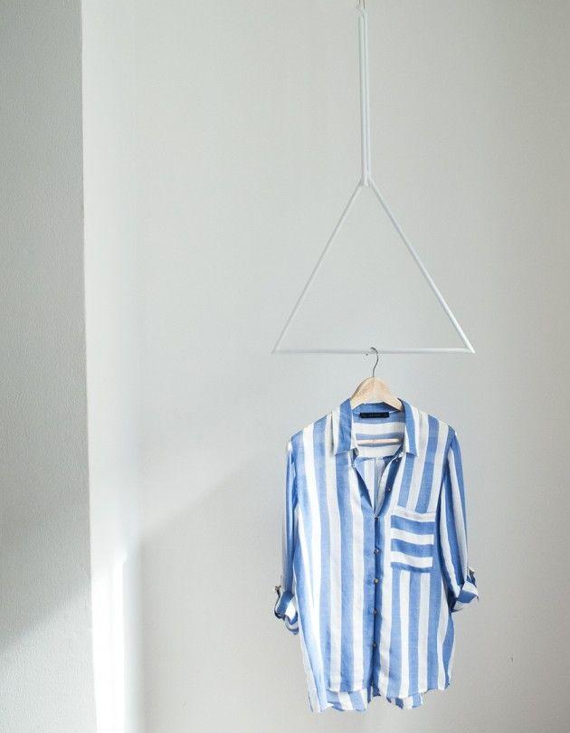 Colgadores geométricos // Triángulo blanco // Studio M+S (Melissa Dupont+Sybil Roose)