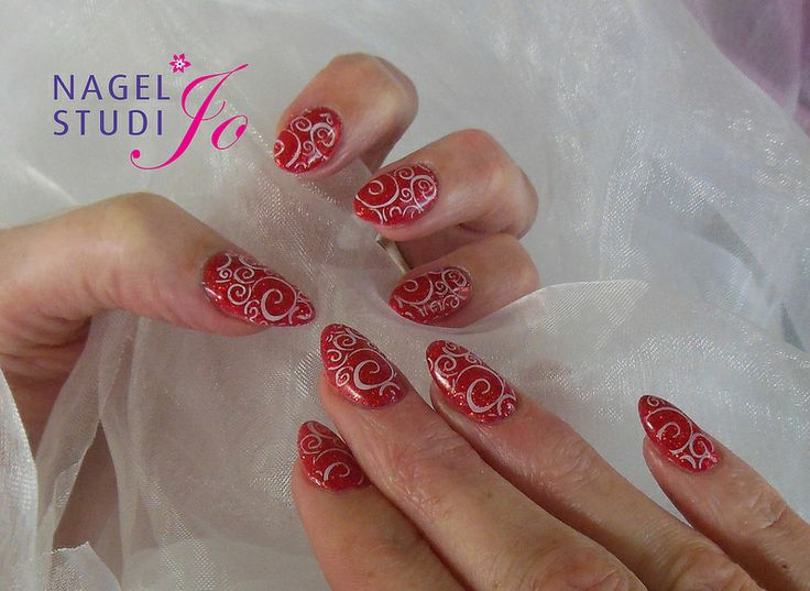 Final #Gel #FashionRed #Nailart #Stamping