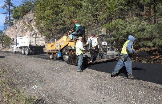 <p>- Centro SCT Chihuahua sigue elevando el nivel de servicio de la red carretera federal.</p>  <p>- Avanzan en tiempo y forma los trabajos de