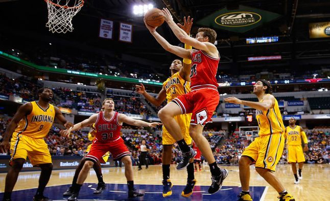 Today we come with a nice play on the #Bulls heading into Indianapolis. Right now the #NBA Odds have the #Pacers as -7 favorites, with a total of 203 points. Where is the value in the game tonight? http://www.sportsbookreview.com/nba-basketball/free-picks/free-nba-picks-grab-low-scoring-first-half-odds-bulls-vs-pacers-a-71010/