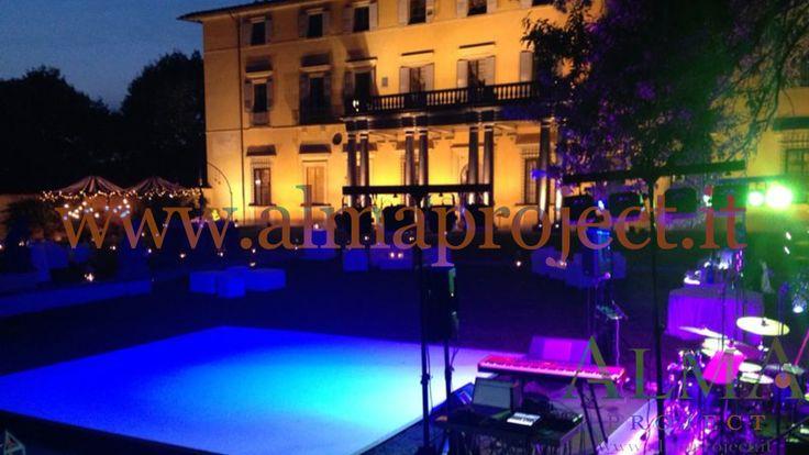 ALMA PROJECT @ Villa di Maiano - Facade lighting - white dancefloor - lighted band stage 044