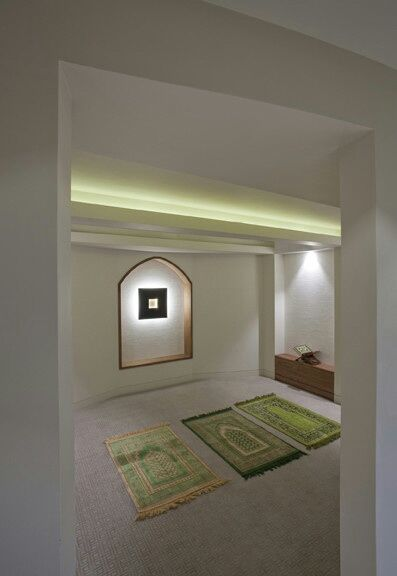 sea-2:  Prayer room.