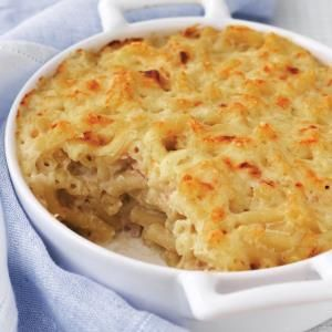 Macaroni Cheese with Red Onion