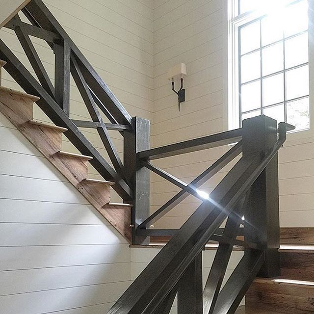 WEBSTA @ scoutandnimble - Beautiful stairway details in this stunning design by @theenglishroom. Absolutely gorgeous!