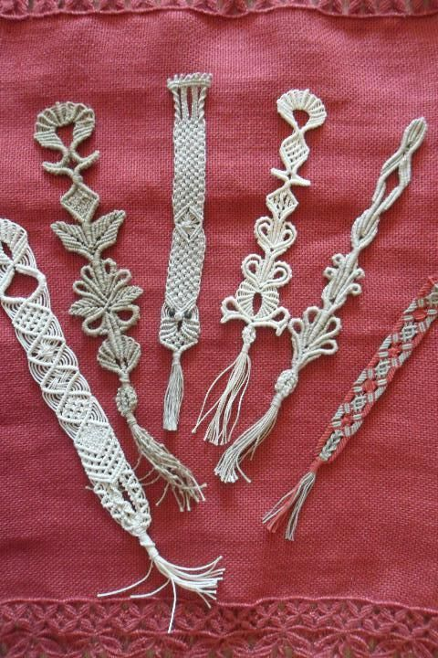 Bookmarks made with various yarns both macramé that margarete