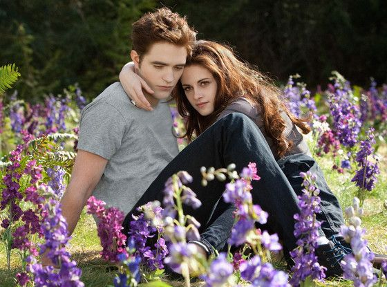 Google Image Result for http://www.eonline.com/eol_images/Entire_Site/2012716/reg_1024.twilightsaga2.7.jlc.081512.jpeg