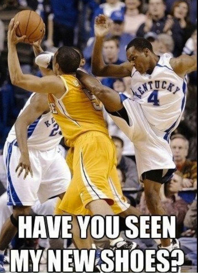 Basketball fail - http://www.jokideo.com/
