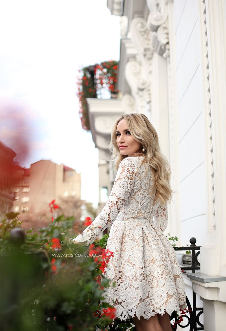 lace-dress-2 lace-dress-5 lace-dress-6 #lacedress #whitelacedress #dress #lace #elegantdress #fallwinter #fw1617 #stilettos #nudestilettos #nude #cocktaildress #weddingdress #rochiedantela #dantelaalba #ivorylacedress #ivorydress