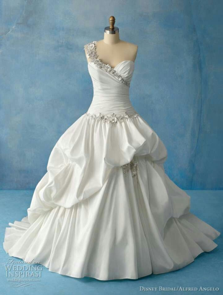 Princess tiana gown african american wedding ideas for Princess tiana wedding dress