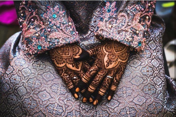#beautiful #bridal #wedding #mehndi #desing #heenadesing #malaysia #wedding #dulhan #ring #marraide #handcuff #dressup #makeup #style