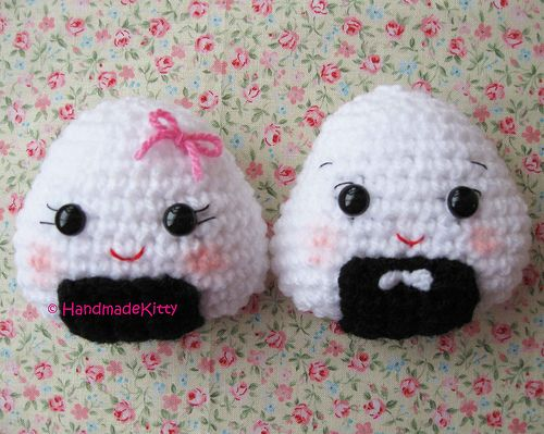 Onigiri Couple Amigurumi Free Crochet Pattern : 4690 best images about Crocheted Toys/Amigurumi on ...