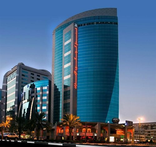 Emirates Concorde Hotel & Suites in Dubai (Deira) is convenient to Al Ghurair Centre and Deira City Centre. This 4-star hotel is within close proximity of Reef Mall and Hamarain Centre.  http://www.lowestroomrates.com/Dubai-Hotels/Emirates-Concorde-Hotel-Suites.html?m=p   #Dubai