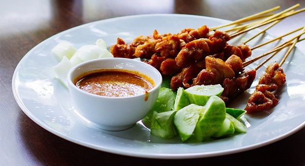 kebabs-with-peanut-sauce