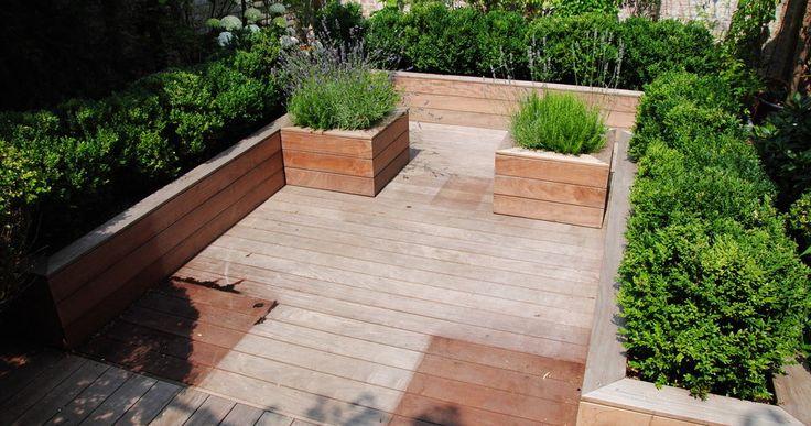 25 beste idee n over stadstuinen op pinterest kleine tuinen kleine tuin ontwerpen en - Eigentijdse tuinarchitectuur ...