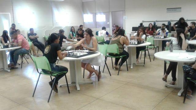 Clube de Xadrez Marabá: LILIANE EVANGELISTA É BI-CAMPEÃ DOS JOGOS UNIVERSITÁRIOS MARABAENSES